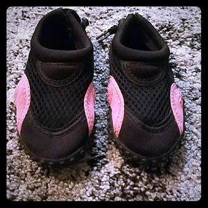 Other - Toddler Size 5 Girl Water Shoes